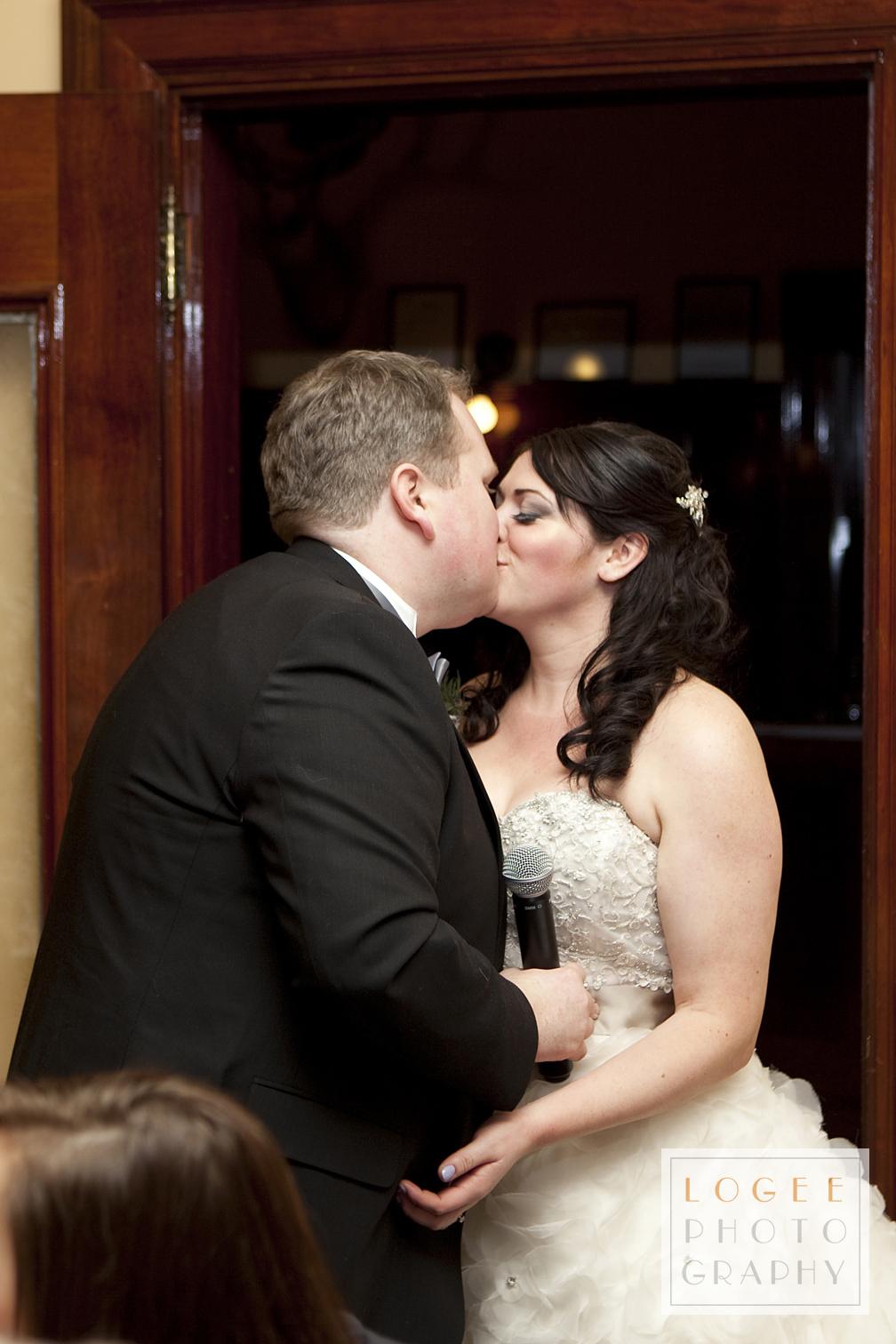 McIntosh-Burns Wedding - 7122Aw