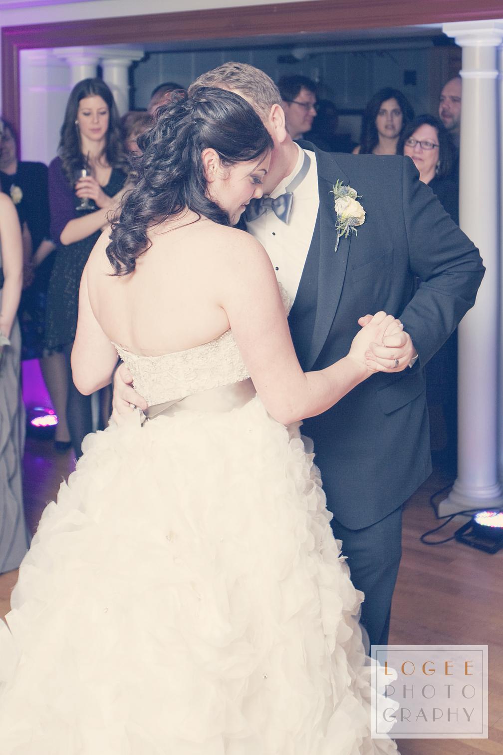 McIntosh-Burns Wedding - 7182Cw